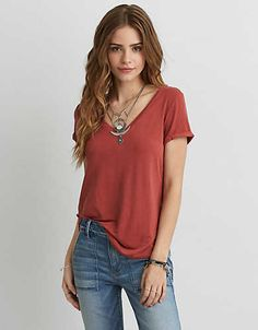 Shop the latest styles of T Shirts for Women at American Eagle. Our polo, short sleeve and long sleeve t shirts are comfortable, trendy, and a must-have for your closet. Ae Outfitters, Girl Fashion, Fashion Outfits, Cute Casual Outfits, Elegant, Pink Tops, T Shirts, American Eagle Outfitters, Girls