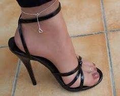"""Képtalálat a következőre: """"pantyhose nylons strappy heels"""""""