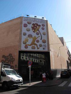 Mercado de San Anton Mercado San Anton, Madrid Food, Blue Berry Muffins, Soho, Wines, Tapas, Marketing, Eat, Blueberry Crumb Muffins