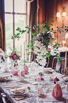 Victorian wedding style inspiration by Petra Opperman | http://english-wedding.com/2014/07/victorian-wedding-style-inspiration-petra-opperman/
