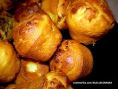 Priprema cela 2 minuta i sve mere su na casu od jogurta! Bakery Recipes, Kitchen Recipes, Brunch Recipes, Cooking Recipes, Bosnian Recipes, Bulgarian Recipes, Kiflice Recipe, Croation Recipes, Macedonian Food