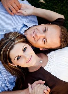 Photography - Couple laying on ground