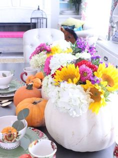 Easy Fall Tablescape - Chaotically Creative