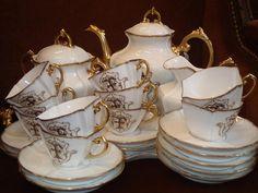 Service A Café Porcelaine Limoges Fin XIX Eme, La Girandole de Lyon, Proantic Limousin, Tea Display, Tea Sets Vintage, High Tea, Cutlery, Teapot, Dinnerware, Tea Cups, France