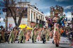 Carnevale di Putignano - Durante il carnevale, gli uomini indossano una maschera in più. Xavier Forneret