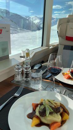 Swiss Ski, Swiss Alps, Train Car, Train Rides, Luxury Life, Luxury Living, Glam House, Ideas For Instagram Photos, Zermatt
