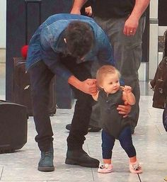 Baby Lux with Zayn Malik. Yeah Zayn you are a real bad boy......... DYING OF CUTENESS