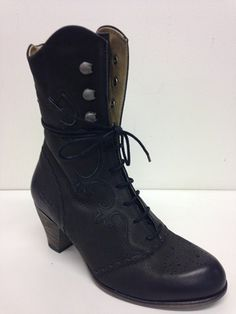 Purchase shoes online NZ from New Zealand's Tangos Shoes Tango Shoes, Buy Shoes, Shoes Online, Combat Boots, Footwear, Stuff To Buy, Women, Fashion, Moda