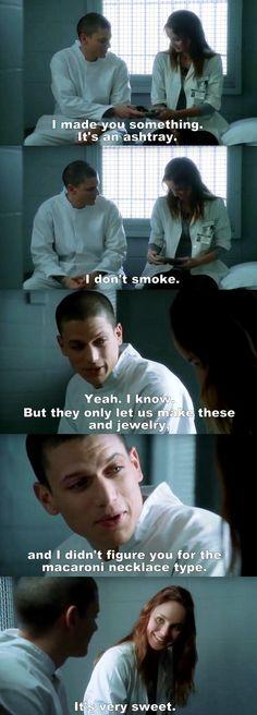 Prison Break S01E18 Michael & Sara.