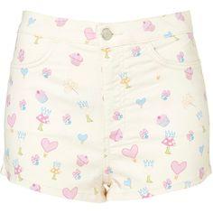 MOTO Trinket Print Hotpants (1.890 RUB) ❤ liked on Polyvore featuring shorts, bottoms, short, pants, hot pants, short shorts, high-rise shorts, mini shorts and high waisted short shorts