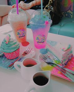 ❤ Kawaii Box ❤ The Cutest Subscription Box ❤ Unicorn Birthday Parties, Unicorn Party, Cute Food, Yummy Food, Unicorn Cafe, Unicorn Foods, Rainbow Food, Unicorns And Mermaids, Milk Shakes
