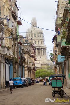 The iconic Capitolio backdropped against old Havana