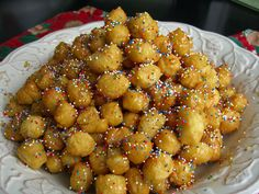 needed a itailian dessert for next weeks dinner and boy do these so yummy!  Struffoli aka Honey Balls