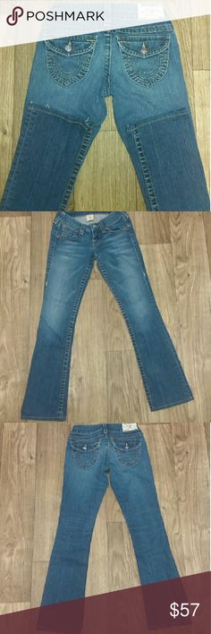 True Religion Becky Style True Religion Becky Seat. Size 25. Inseam 30. Perfect condition with no flaws.  I love how these fit! I'd say they're almost bootcut but more of a straight leg at the opening which I think is better for when you wear heels,  boots or wedges.  True Religion  Jeans Boot Cut