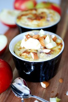 Den här kesokakan med äpple och kardemumma toppar sökningarna här inne just nu. Först… Healthy Desserts, Raw Food Recipes, Sweet Recipes, Dessert Recipes, Cooking Recipes, Healthy Baking, Swedish Recipes, Different Recipes, Love Food