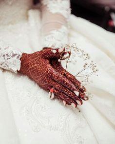 Mehndi Designs For Girls, Unique Mehndi Designs, Beautiful Henna Designs, Latest Mehndi Designs, Bridal Mehndi Designs, Bridal Henna, Mandala Tattoo Design, Henna Tattoo Designs, Henna Tattoos