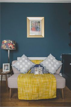 Browse thousands of interior and exterior images from Farrow & Ball. Be inspired with stunning home decor images and design ideas for your home. Blue Rooms, Blue Bedroom, Bedroom Colors, New Living Room, Living Room Decor, Bedroom Decor, Farrow And Ball Living Room, Bedroom Ideas, Coral Bathroom Decor