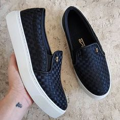 Denim Sneakers, Girls Sneakers, White Sneakers, Girls Shoes, Lv Shoes, Slip On Shoes, Me Too Shoes, Cute Shoes For Teens, Kawaii Shoes