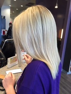 Cool toned blonde http://short-haircutstyles.com/?s=over+60