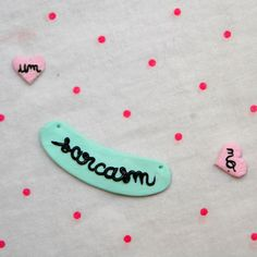 Polymer clay collar pins & necklace charm - La Pastellerie - lifestyle & cute stuff.