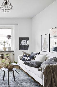 A Small Scandinavian Style Apartment (Decordots). Scandinavian Style Wohnzimmer Inspiration