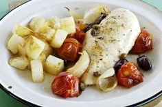 Chicken with cherry tomatoes, olives and capers
