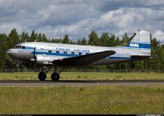 Douglas C-53C Skytrooper (DC-3) aircraft picture