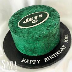How bout dem Jets??✨😆😈  ___________ #teambrittney #customcake #buttercream #handmade #cakery #parkave #nfl #football