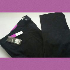 Black pants NWT black pants I got them they don't fit and I waited too long to return. Feel free to use the offer button :) Pants Ankle & Cropped
