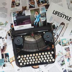 Jelena Karakas / Old Typewriter / ELLE magazine