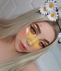 In order to transform your eyes and also improve your good looks, having the best eye make-up tips and hints can really help. You need to make certain you wear make-up that makes you look even more beautiful than you are already. Makeup Goals, Makeup Inspo, Makeup Art, Makeup Inspiration, Hair Makeup, Makeup Ideas, Makeup Tips, Prom Makeup, Lolita Makeup