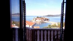 What a nice view from the apartment on Sveti Stefan! #belijslon #svetistefan