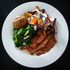 #dinner We missed out on a roast on Sunday so we decided to have it tonight instead Roast beef with Garlic and spring onion Kale and roasted root veggies with quark yum!   #lowsyn #slimmingworld #slimmingworldusa #slimmingworldjourney #firness #protein #roastbeef #foodie #food #kale #foodpictures  #newblog #newblogger #foodtotable #yum #beets #parsnips #carrots