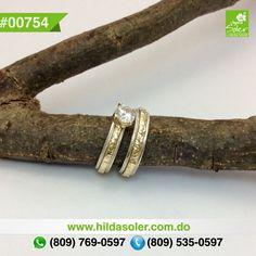 Par de anillos de bodas en plata y oro 14 KT  RD $6,500 pesos  Grabado ... GRATIS  !!!!