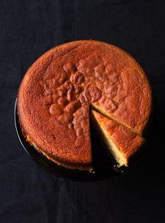 Nigella's Clementine Cake Nigella Lawson, Baking Recipes, Cake Recipes, Dessert Recipes, Fondant Recipes, Fondant Tips, Fondant Icing, Cream Cheeses, Lemon Polenta Cake