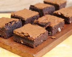 Brownies pommes chocolat : http://www.fourchette-et-bikini.fr/recettes/recettes-minceur/brownies-pommes-chocolat.html