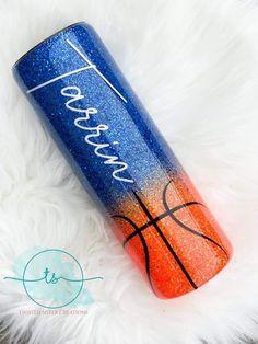 Glitter Cups, Glitter Paint, Diy Tumblers, Custom Tumblers, Tumbler Designs, Personalized Cups, Cricut Creations, Tumbler Cups, Resin Crafts