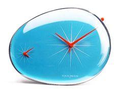 Equilibrium clock, by Sebastian Conran