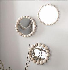 Hippie Home Decor, Boho Decor, Hippie Crafts, Quirky Decor, Diy Home Crafts, Diy Home Decor, Diy Mirror Decor, Mirror Ideas, Mirror Ornaments