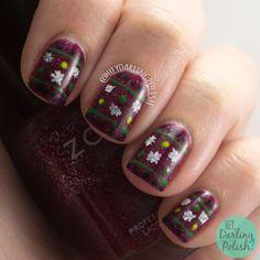 #nails, #nailart, #nailpolish, #heydarlingpolish, #uglychristmassweater, #festivejumper, #red, #christmas, #holiday, #naillinkup
