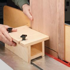 Table Saw Jig for Raised Panels | Woodsmith Tips