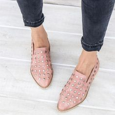 Pre-Order: Scottie Button Studded Loafer