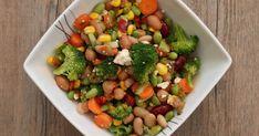 Savourez cette salade de légumineuses à la mexicaine, un plat nutritif, délicieux et très santé au goût assez relevé! Black Eyed Peas, Sprouts, Salsa, Healthy Eating, Nutrition, Lunch, Vegetables, Cooking, Food