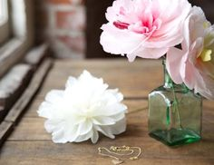 Paper Flowers: Make a Charm Peony Hair Clip by Livia Cetti of The Green Vase Tissue Flowers, Paper Flowers Diy, Flower Crafts, Craft Flowers, Delphinium, Paper Flower Patterns, Flower Artists, Paper Peonies, Cricut