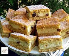 Omlós , mazsolás túrós pite Cornbread, Banana Bread, French Toast, Breakfast, Ethnic Recipes, Desserts, Food, Millet Bread, Morning Coffee