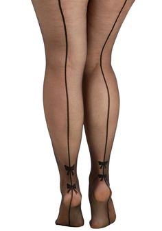 Back Seams to Me Tights in Plus Size. Youve got a feeling that these back-seamed tights from Pretty Polly are your new faves! Lingerie Fine, Plus Size Lingerie, My Tights, Opaque Tights, Black Tights, Pantyhosed Legs, Stocking Tights, Sexy Stockings, Stockings Lingerie