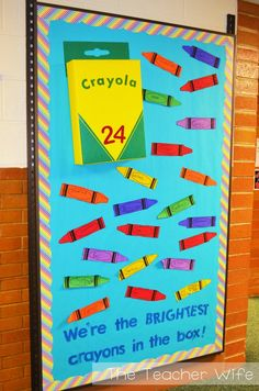 Back-to-School Bulletin Board Idea! This link includes a free printable for the crayon! Use a cereal box wrapped in yellow for the crayon box. Crayon Bulletin Boards, Creative Bulletin Boards, Birthday Bulletin Boards, Back To School Bulletin Boards, Preschool Bulletin Boards, Preschool Classroom, Bullentin Boards, September Bulletin Boards, Classroom Birthday