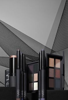 NARS: Eye-Opening Act