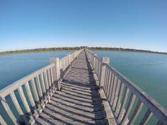 Puente de madera sobre el Río San Pedro. El Puerto de Santa María. Cádiz. Spain.