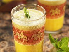 Ananásovo-pomarančový smoothie s kokosom Aloe Vera, Detox, Smoothie, Mugs, Tableware, Desserts, Food, Pineapple, Recipes